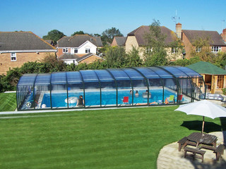Very high pool enclosure OCEANIC in favorite dark anthracite color
