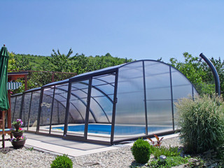 High pool enclosure RAVENA
