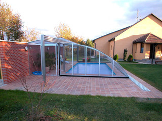 Inground swimming pool enclosure RAVENA