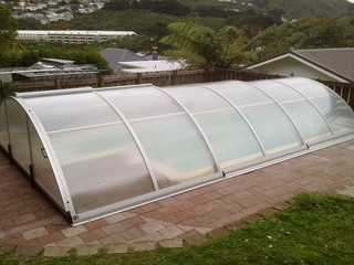 Pool enclosure Universe installed in Johnsonville