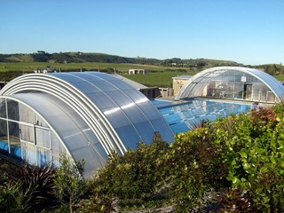 Pool enclosure Universe installed in Muriwai