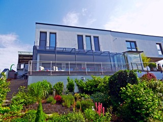 Retractable patio enclosure CORSO Premium