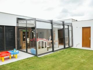 Retractable patio enclosure Corso Ultima