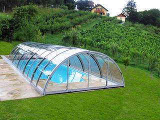 Inground pool cover UNIVERSE - silver color used on aluminium frames