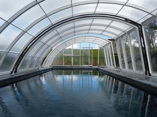 Retractable swimming pool enclosure RAVENA - West Auckland