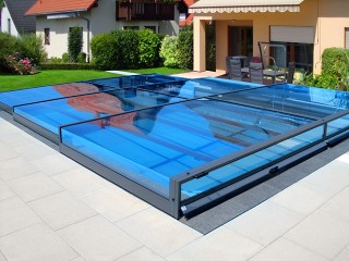 Swimming pool enclosure Terra
