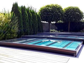 Najniższe zadaszenie basenowe Terra - prawie niewidoczne