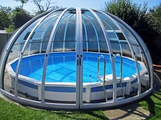 Wysokie zadaszenie basenowe Orient