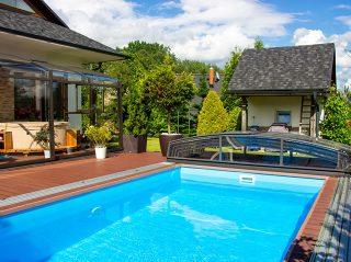 Dlaczego warto zakupić zadaszenie basenu lub tarasu?