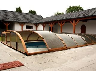 Zadaszenie basenowe Elegant NEO - imitacja drewna