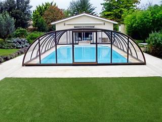 Zadaszenie basenowe Tropea NEO to elegancki dodatek do każdego nowoczesnego ogrodu