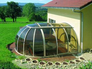 Zadaszenie dla jacuzzi OASIS wykonane przez Alukov - in it´s possition - attached to a house