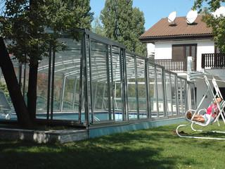 Popularny antracyt używany w ramie zadaszenia basenowego VENEZIA
