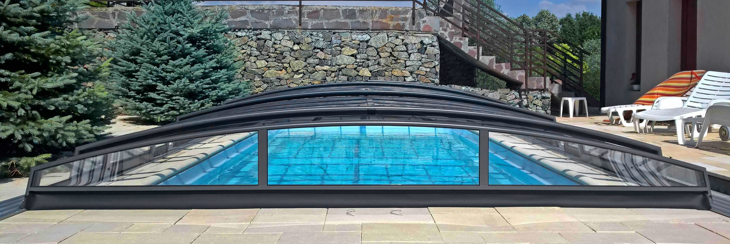 Acoperiri retractabile pentru piscine azure for Acoperiri piscine