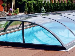 Acoperire piscina Azure Flat Compact complet inchisa