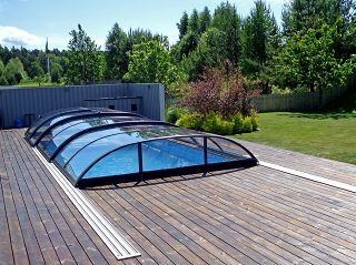 Acoperire piscina Azure Flat Compact vedere din spate