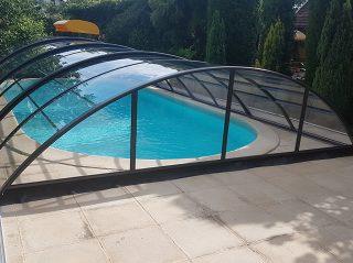 Acoperire piscina Azure Uni Compact vedere din spate