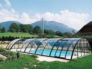 Acoperire piscina UNIVERSE NEO semi deschisa de la Alukov