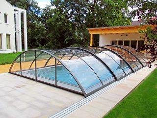 Acoperire retractabila pentru piscina Azure Uni Compact