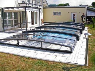 Acoperire retractabila pentru piscina Corona