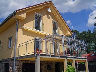 Sistem inovator - acoperire retractabila de terasa CORSO potrivita pentru orice casa