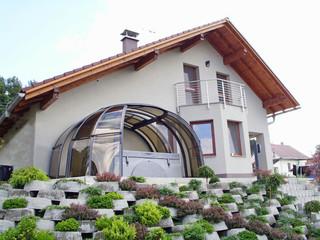 OASIS - öppningsbart tak till ditt spa, för värme och skydd