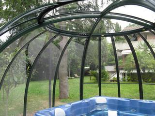 SPA DOME ORLANDO - tak till spa, en del av trädgården
