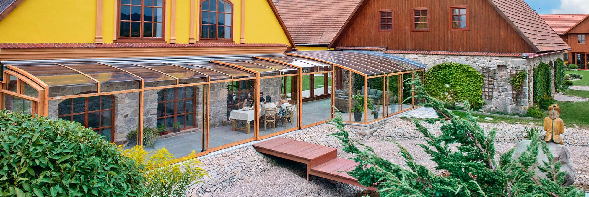 Closed patio enclosure CORSO Premium