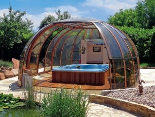 Hot tub enclosure Oasis in white color