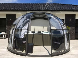 Opened hot tub enclosure Oasis