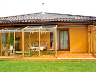 Terrace enclosure CORSO can also cover pool or hot tub - white