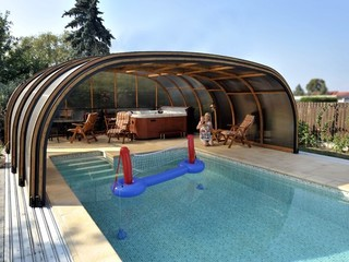 Swimming pool enclosure LAGUNA - blue filling