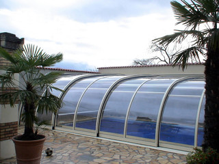 Retractable pool cover STYLE by Alukov