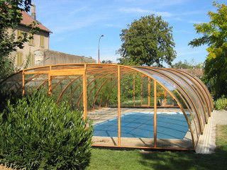 Swimming pool enclosure UNIVERSE can be opened on front side of the cover - beige
