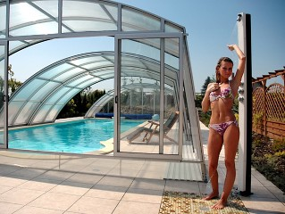 Swimming pool enclosure Ravena in silver color