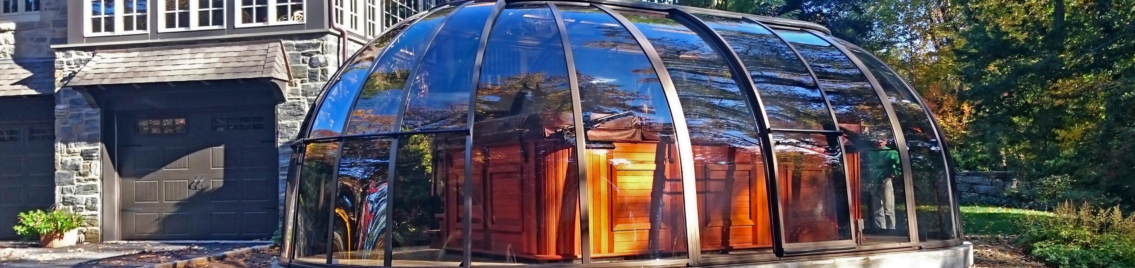 closed retractable hot tub enclosure spa sunhouse - Hot Tub Enclosures