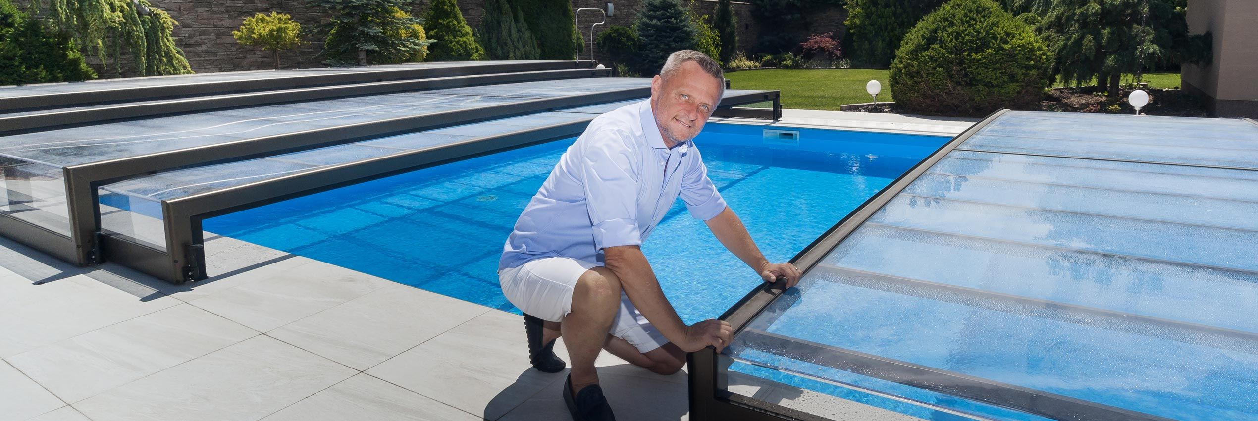 Low retractable pool enclosures and pool covers sunrooms Retractable swimming pool enclosures