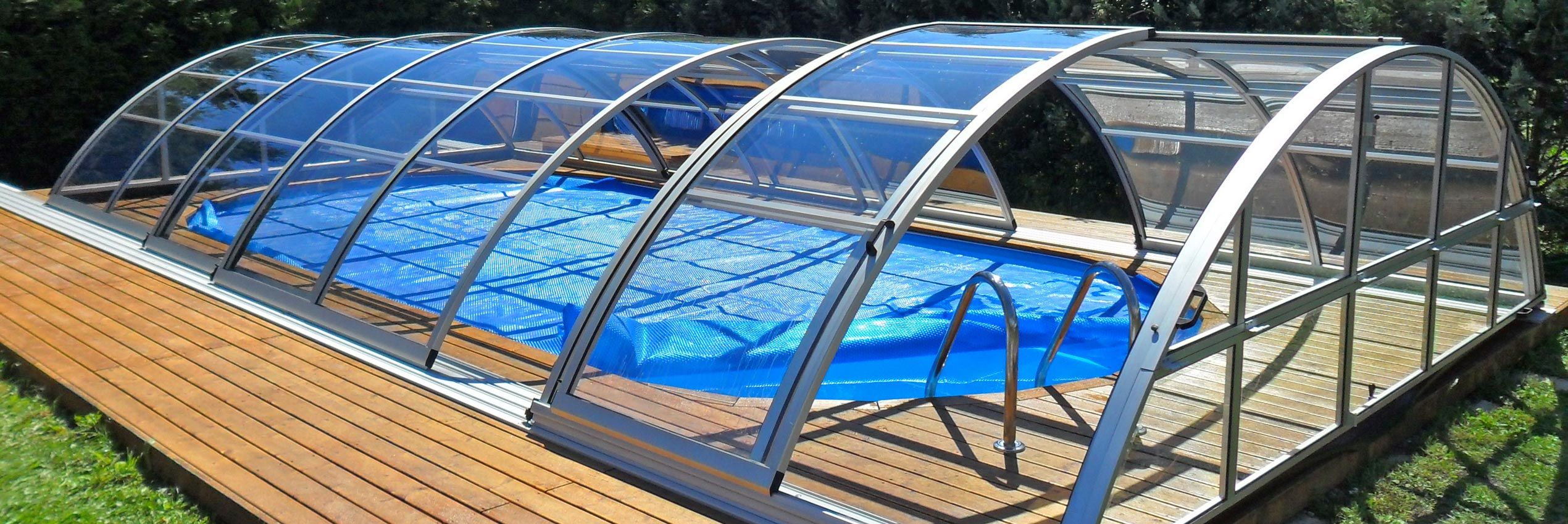 Medium retractable pool enclosures and pool covers sunrooms Retractable swimming pool enclosures