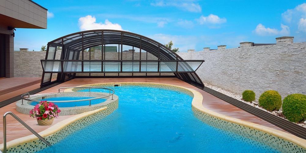 Swimmnig pool enclosure Ravena