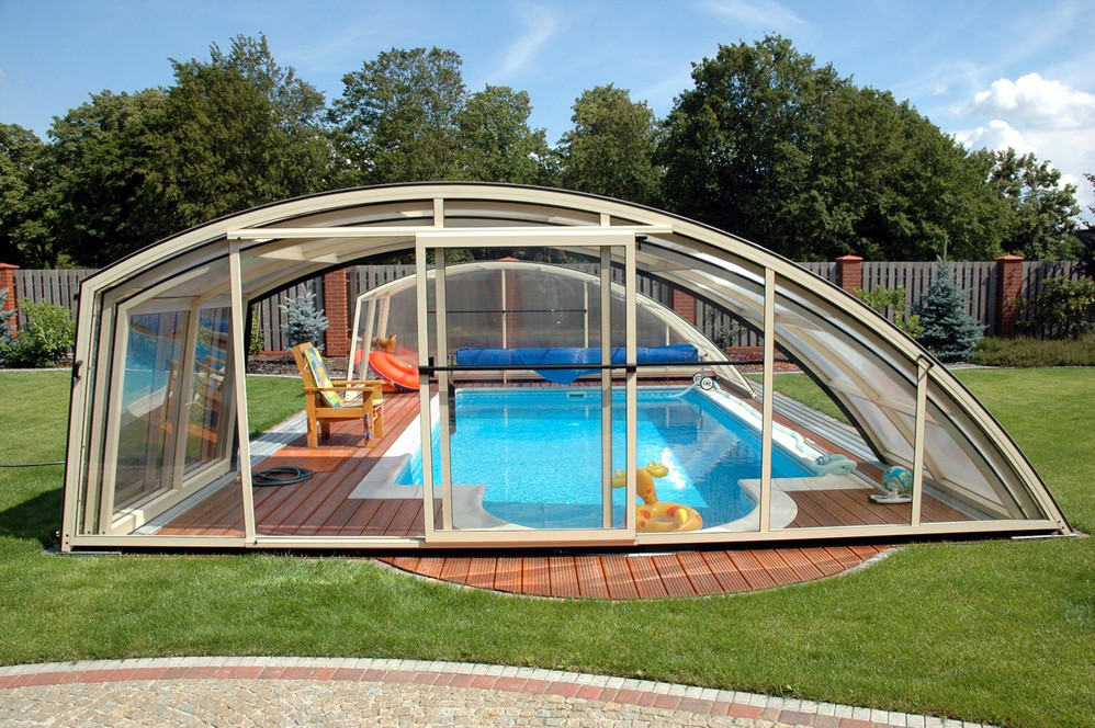 Swimming pool enclosure Ravena