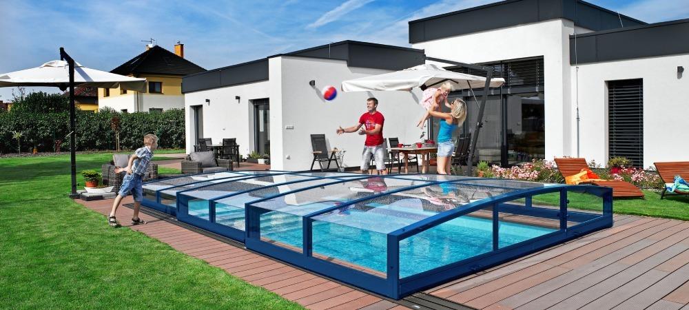 Swimming pool enclosure Viva - fun and safe