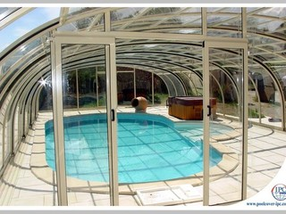 Aluminium profiles of pool enclosure Tropea