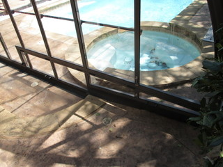 Atypical pool enclosure Laguna over steps - custom made pool enclosure - detailed view