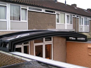 Atypical roof enclosure Corona