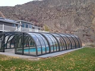Closed Pool enclosure Laguna from Pool and Spa Enclosures