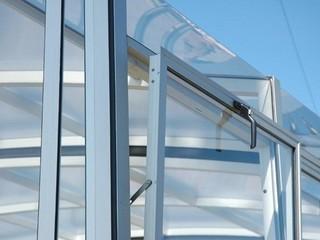 Door ventilation system for pool enclosures