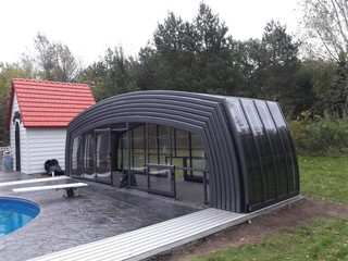 Attrayant Fully Opened Retractable Pool Enclosure Omega