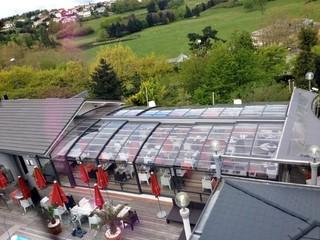 Golf resort has new patio enclosure CORSO