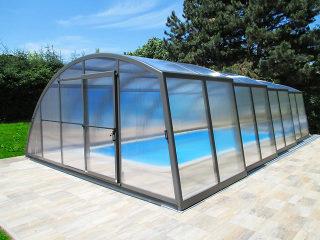 High line pool enclosure Ravena