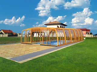 High pool enclosure Omega in wood imitation finish